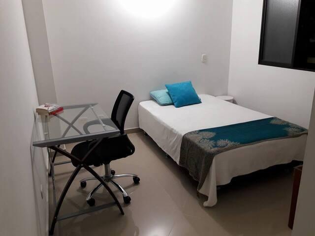 Acogedora y comoda habitacion