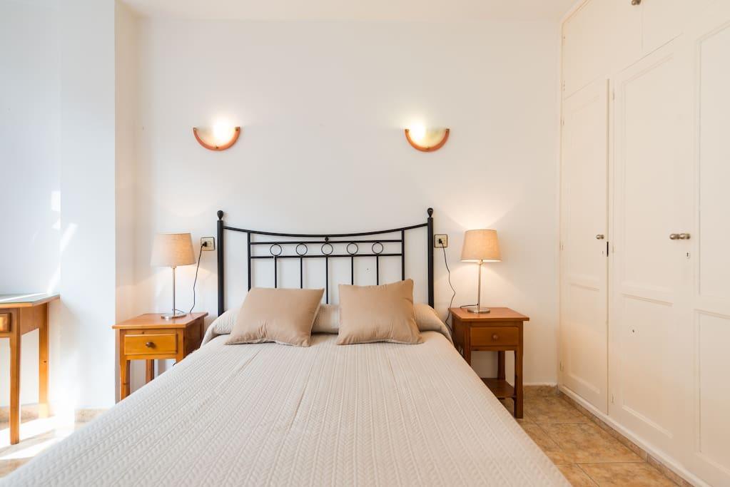 A las canteras beach wifi apartamentos en alquiler en las palmas de gran canaria canarias - Apartamentos baratos en las canteras ...