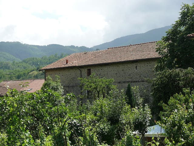 B&B Pontremoli near Cinque Terre and La Spezia - Stallone-talavorno - B&B