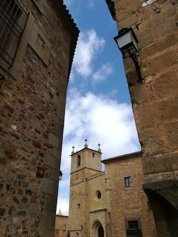 Preciosa habitación en la parte antigua, Cáceres