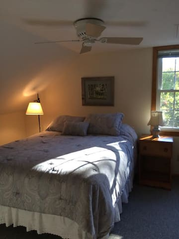Cozy, serene apartment near Squam Lake. - Center Harbor - Wohnung