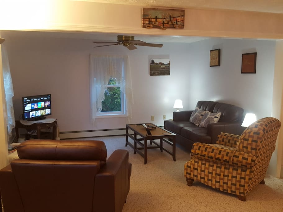 Living room includes 32 inch color TV with ESPN, HBO, Starz, Cinemax, FX, Paramount, Encore and many more stations plus internet.