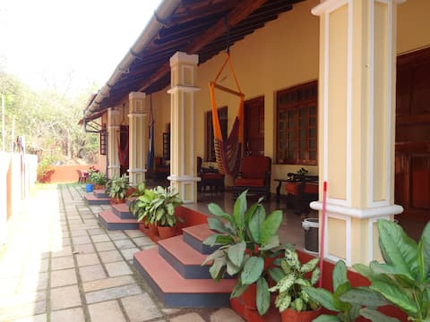 Paradise Guest House - deluxe non a/c