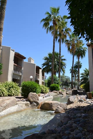 East Mesa condo w/vaulted ceilings! - Taula - Pis