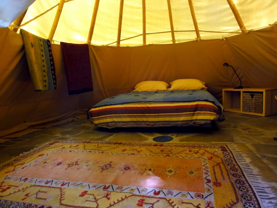 In the stillness of the inner space of Calapooya tipi