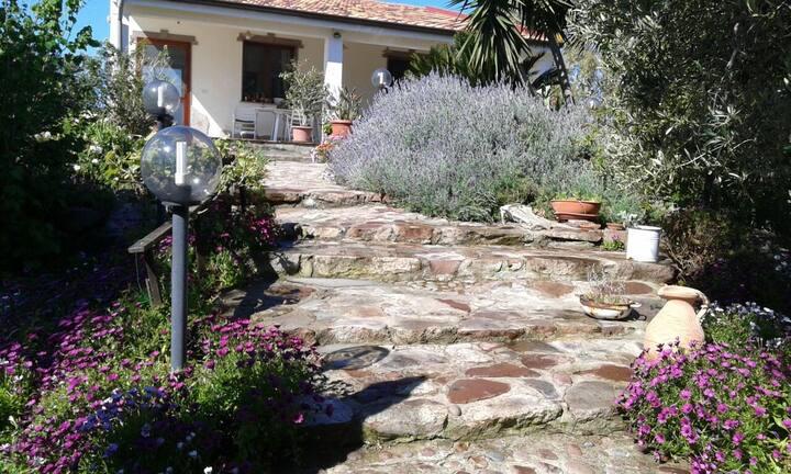 Villa Rudas - immersa nel verde a 7 Km da Alghero