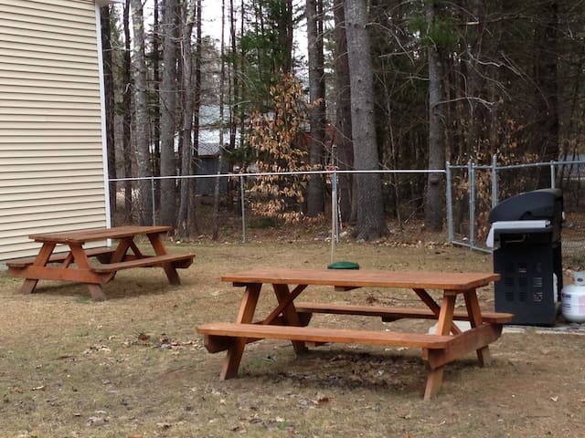 Year round Grill and tables next to Hot Tub