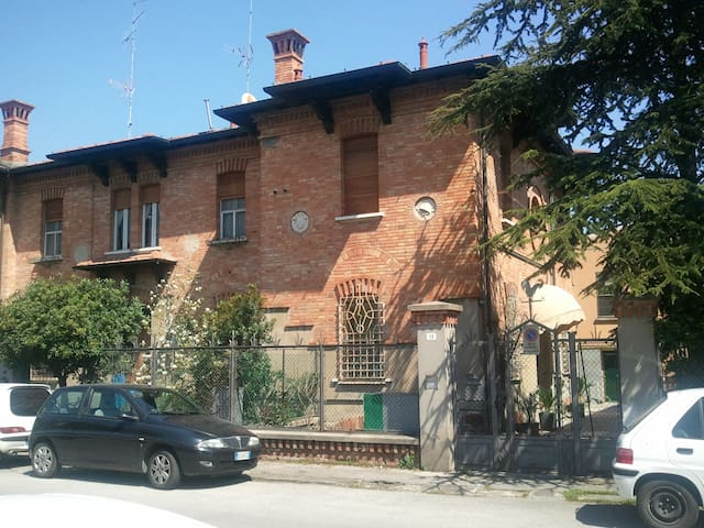 Materassi Ravenna.Airbnb Ravenna Vacation Rentals Places To Stay Emilia