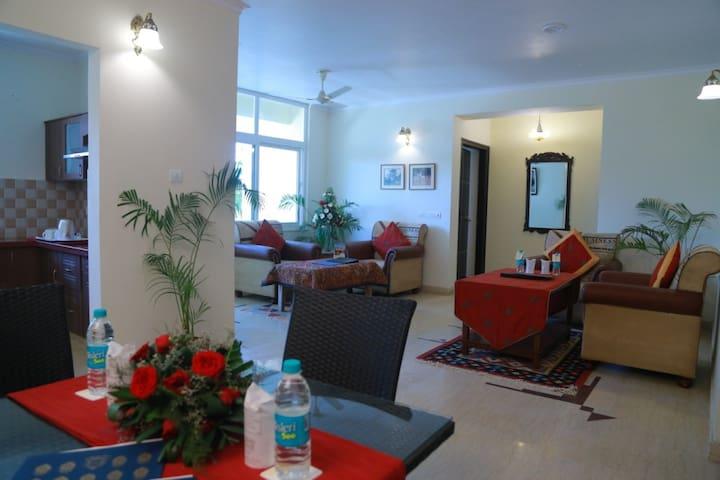 Ranbanka Royale Residence - Standard Rooms