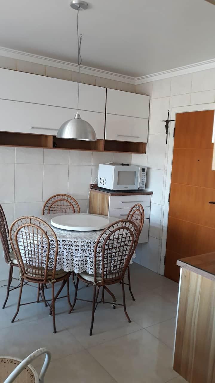Apartamento na Vila Mariana - metrô Ana Rosa