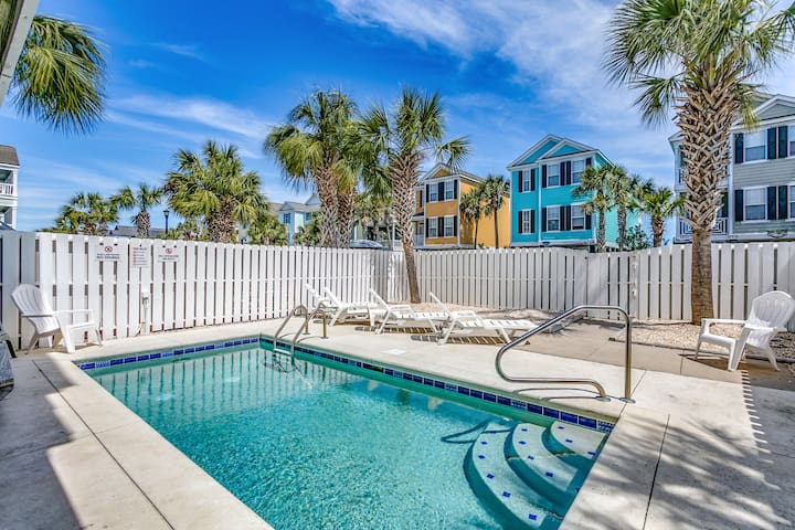 "New Listing! Private Pool at Oceanside ""Lady Luck"""