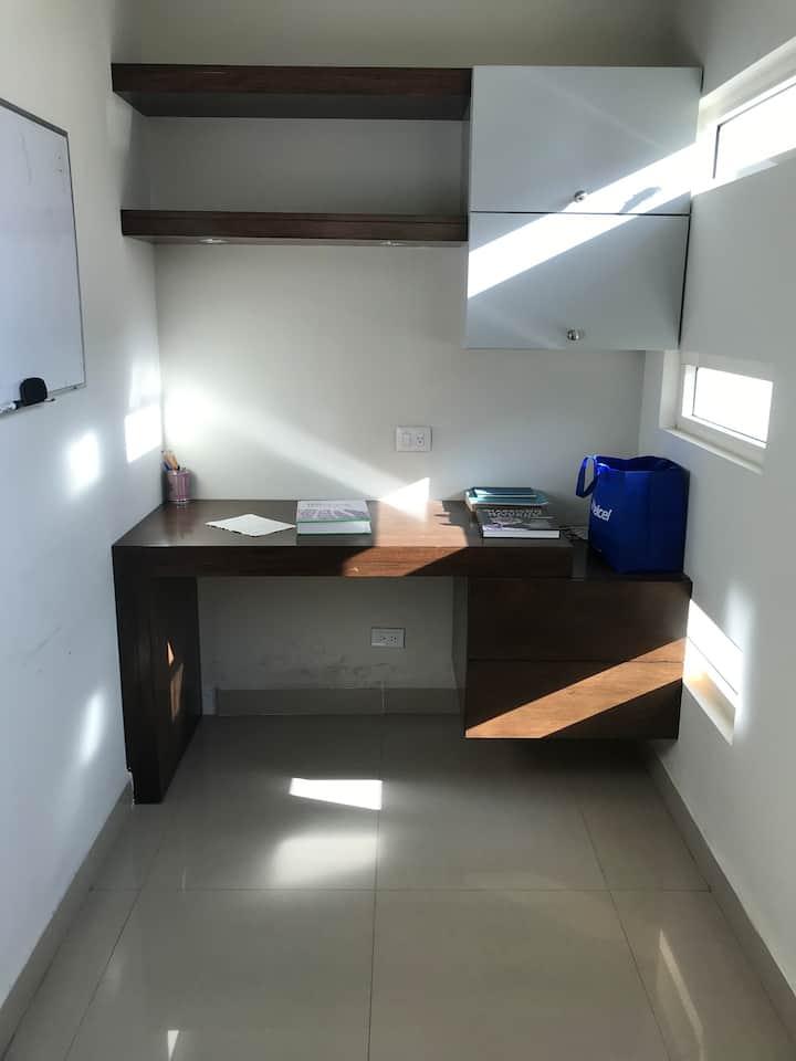 Casa Peru 111, Col Vista Hermosa Mty N L