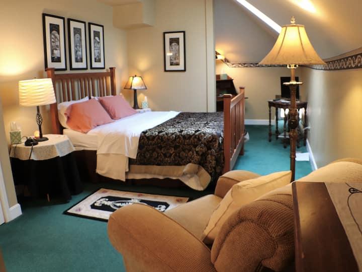 Standard Room - Full Service B&B