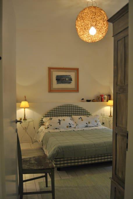 Camera matrimoniale con bagno interno - Double room with bathroom (1)