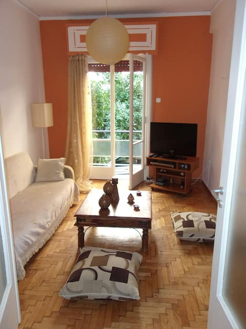 apartment near central athens