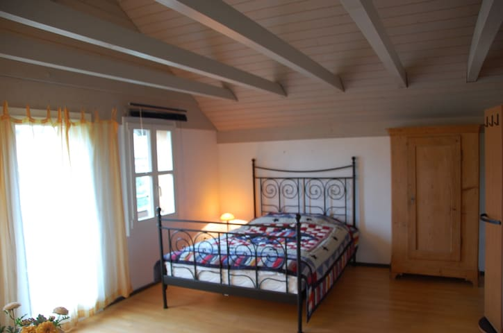 Cozy 1-2-Room Appartm. in old City  - Bremgarten - Appartamento