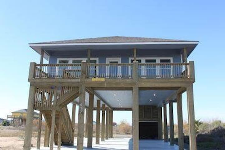 New and beautiful beach house-Crystal Beach, TX - Galveston - Maison