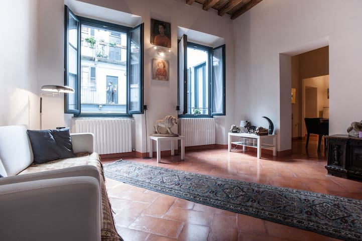 Private room in the center of Milan - Milão - Apartamento