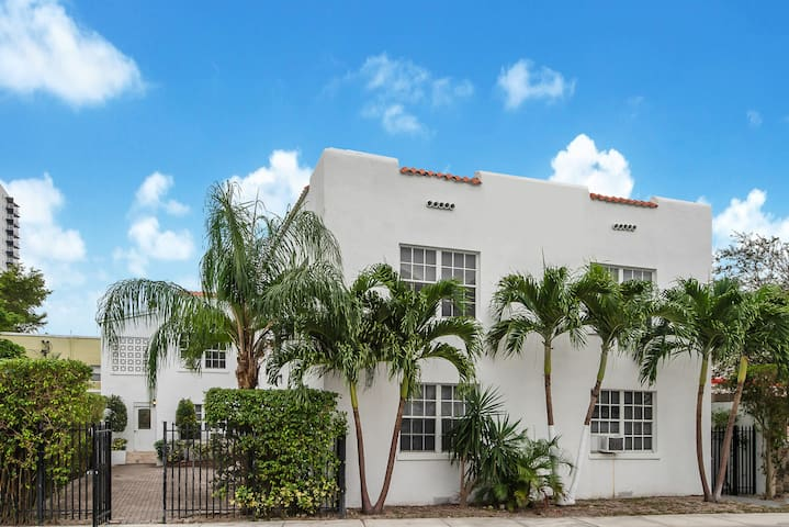 Miami Travellers Paradise 2BR 3Beds -Miami Beach.3