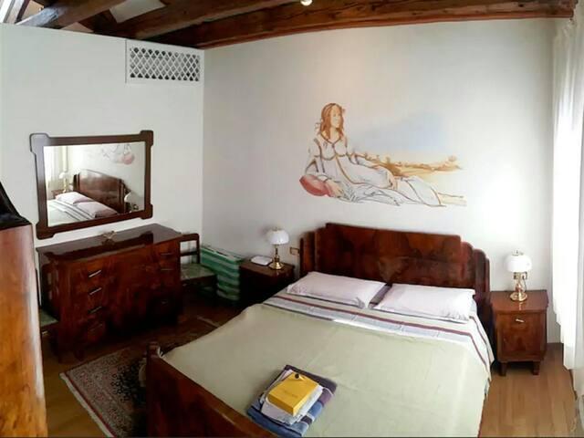 2 Bedrooms Cozy Cotta - Louisville