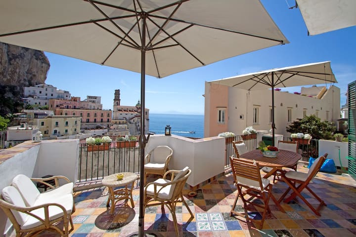Casa Marina, a terrace on the sea - Atrani - Huis