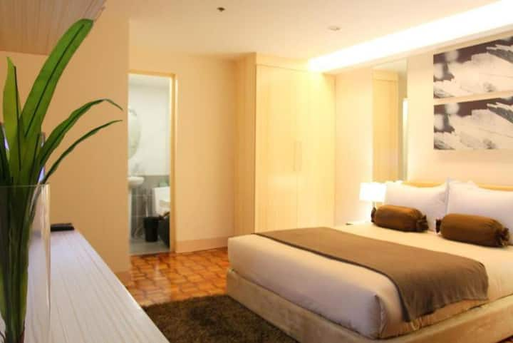 Comfy Suite One Bedroom At Makati City