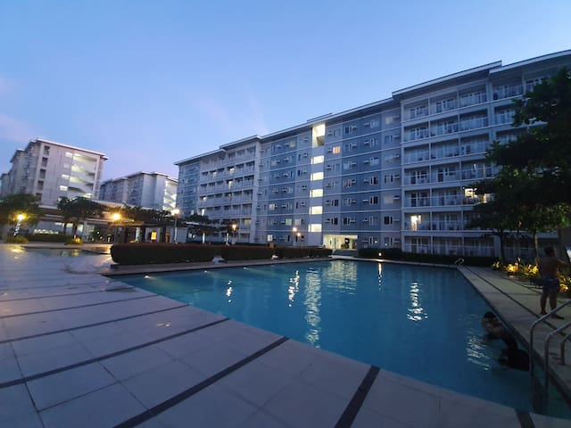 1 bedroom Staycation @ TREES Residence