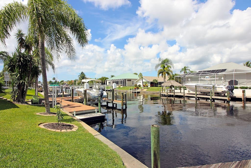 Private boat dock with quick access to Gulf waters