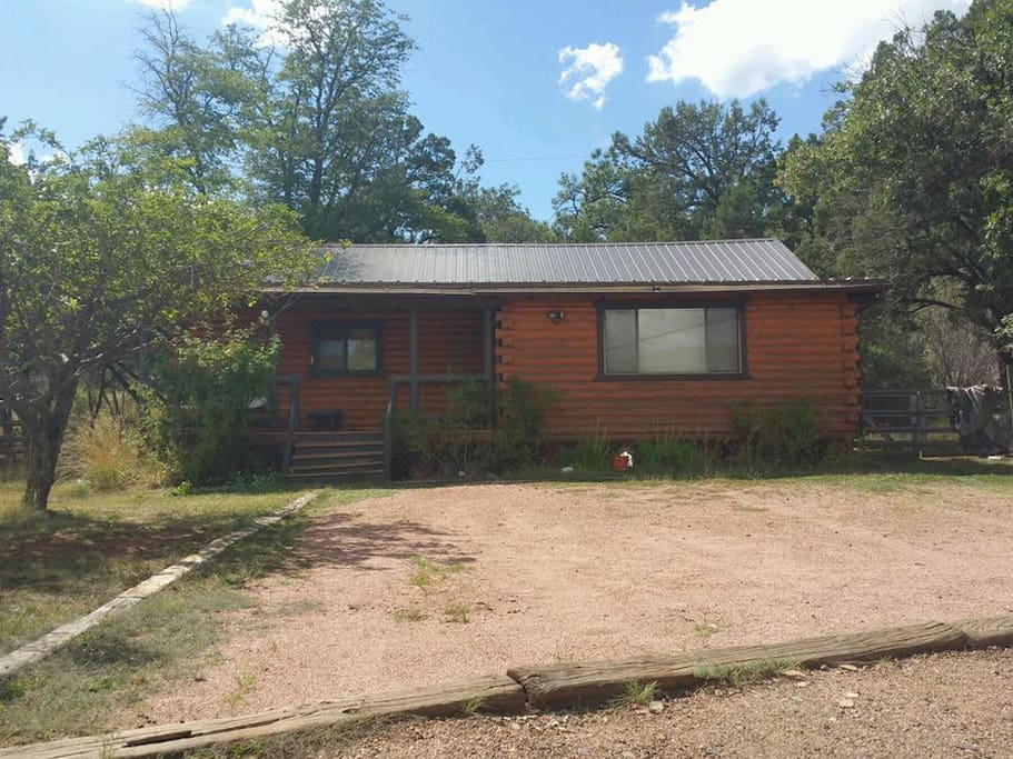 Cabin Getaway With Beautiful Views Cottages For Rent In