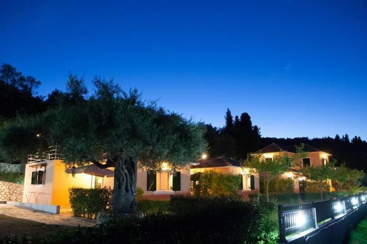 Private Villa ''Athina Villas''
