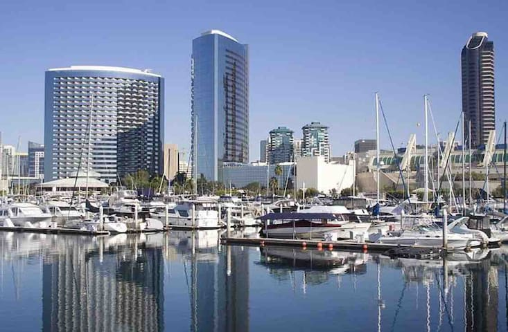 San Diego and Historical Old Town, Sleeps 3+