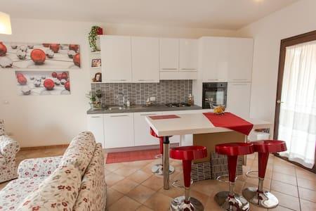 Un angolo di quiete - Arzachena - Apartment