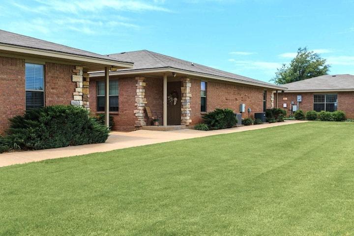 Best Kept Secret Airbnb in Wichita Falls
