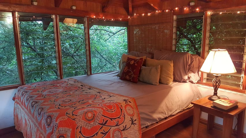lofted bedroom treehouse style!