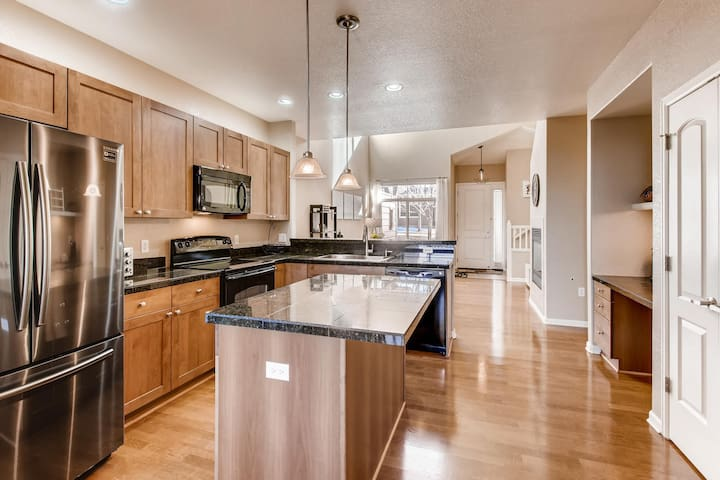 Gorgeous 3 Bedroom in Palomino Park