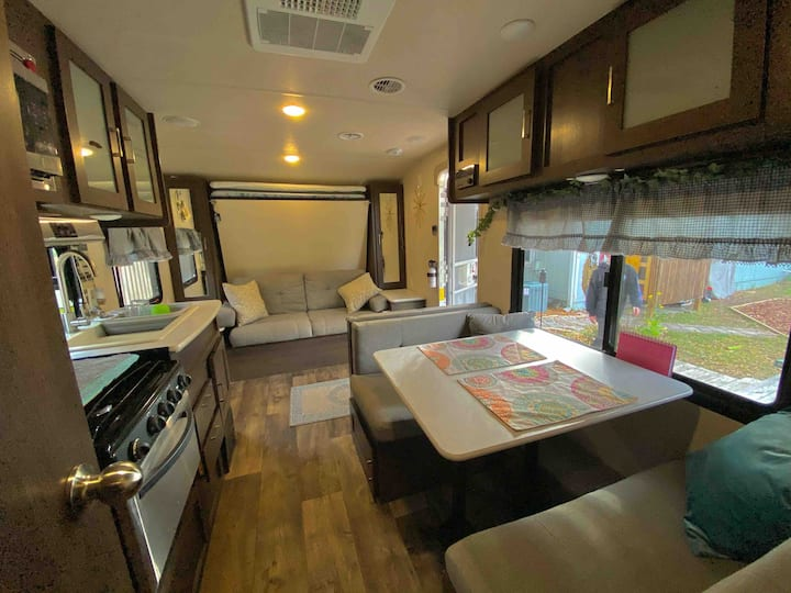 Atlantic Beach RV with the Amenities of Home