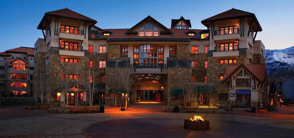 Fairmont Franz Klammer Lodge Luxury Apt