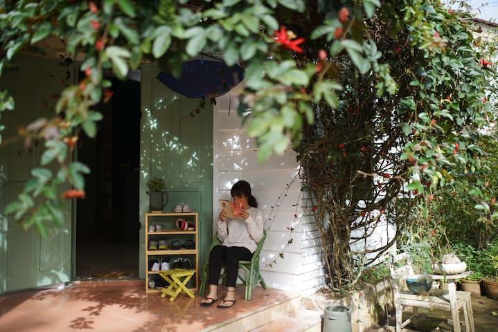 Nomad Home Dalat (4-bed dorm, room X) - Thành phố Đà Lạt - Herberge
