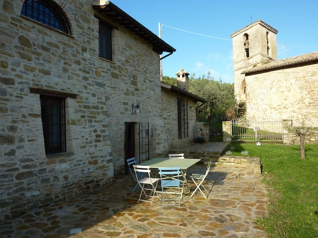 Farmhouse near Assise in Umbria