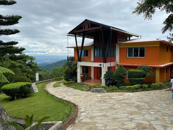 Villa Elohim-Peace & serenity 25min from the city