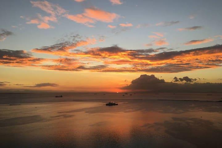 Manila Bayscape