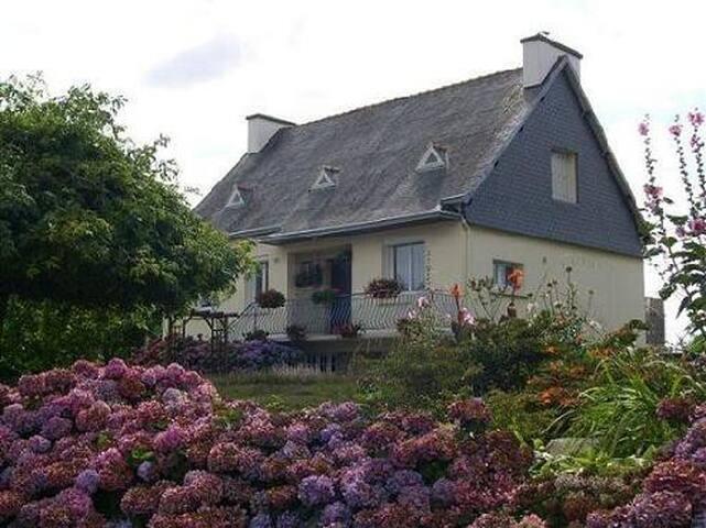 Maison à la campagne près de la mer - Plogonnec - Haus