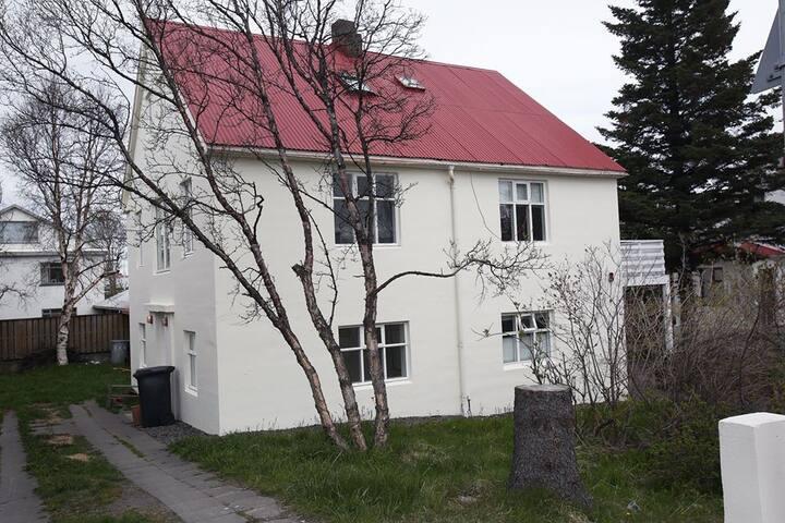 Downtown Akureyri! great location! cozy appartment