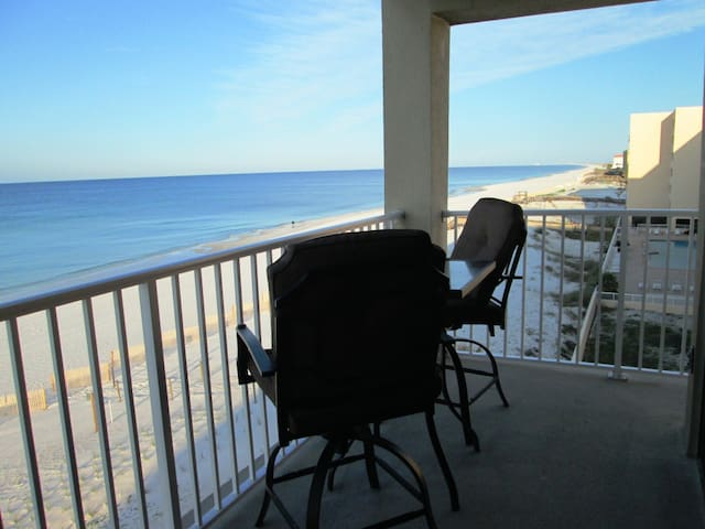 Ocean Front, Corner Unit, Wi-Fi, 2B - Fort Walton Beach - Apartment