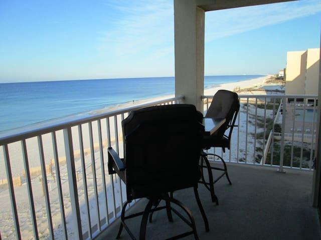 Ocean Front, Corner Unit, Wi-Fi, 2B - Fort Walton Beach - Apartmen