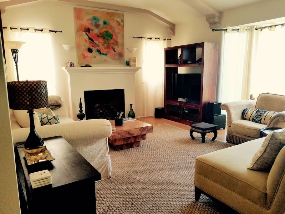 Living Room Layout 2 w/Gas Fireplace