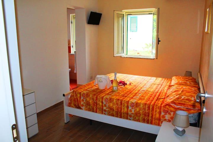 Camera del Sole a Tropea (N°1) - Tropea - Bed & Breakfast