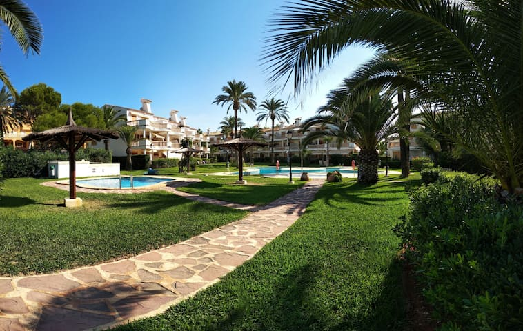 Apartamento en primera línea playa de Denia