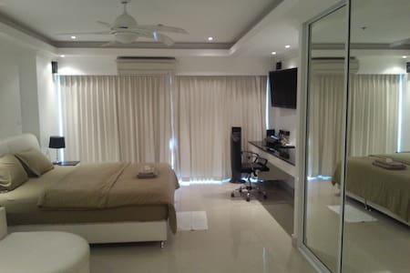Luxury Beach Studio-CentralPattay18 - Bang Lamung