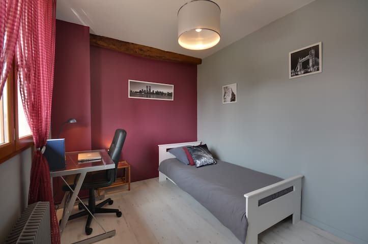 Chambre cosy à DisneyLand Paris - Bouleurs - Bed & Breakfast